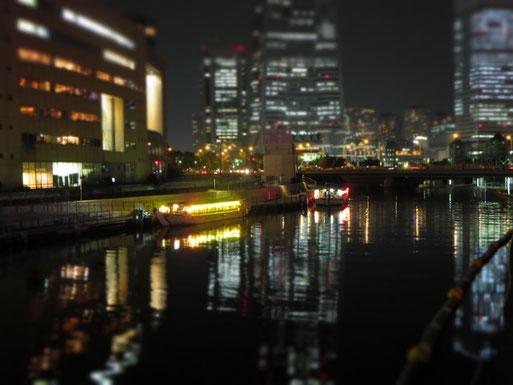 レッスンの帰りに、桜木町に向かう途中の景色はこんな感じ…時々屋形船を見かけたり…