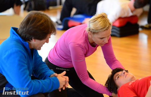 Master Hands-On Lehrgang Dr. Gottlob Institut für Personal Trainer, Physiotherapeuten, professionelle Fitnesstrainer usw.