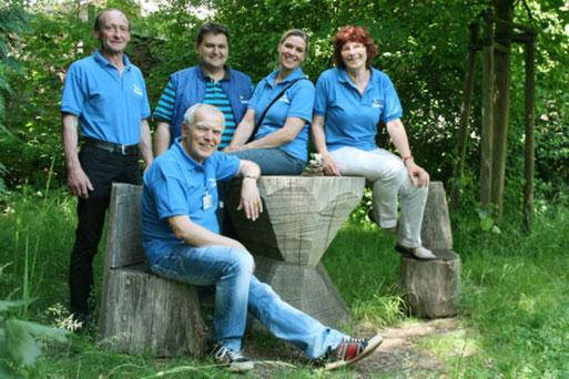 hinten v. l.: Dietmar Gersdorf, René Gewalt, Ricarda Georgi, Rosemarie Rabb vorn: Werner Grimm