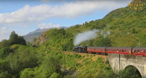 Highland Saga Film, Harry Potter train, Glenfinnan Viadukt, Glenfinnan Viaduct, Highlander, Highland Saga Show, Scottish Music, Scotland, Schottische Musik, Dudelsack, Bagpipe, Music Show,