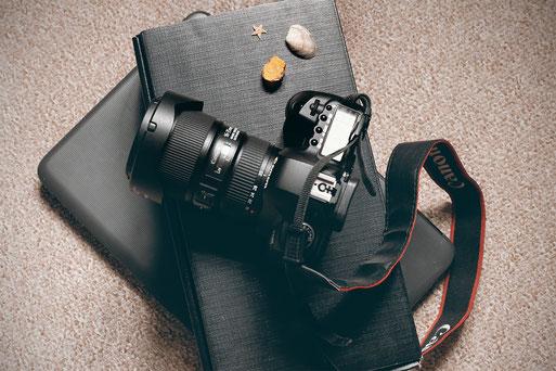 tiny living, camera, blogger, lonelyroadlover