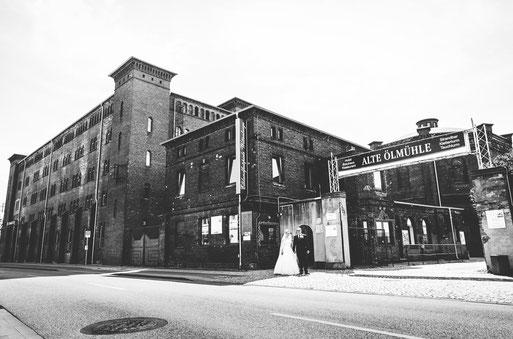Heiraten in der Alten Ölmühle in Wittenberge. Hochzeitsbilder vom Fotografen aus Wittenberge (Prignitz).