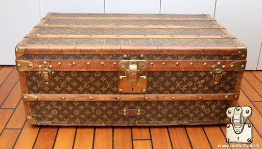 cabin trunk Louis Vuitton old very bad