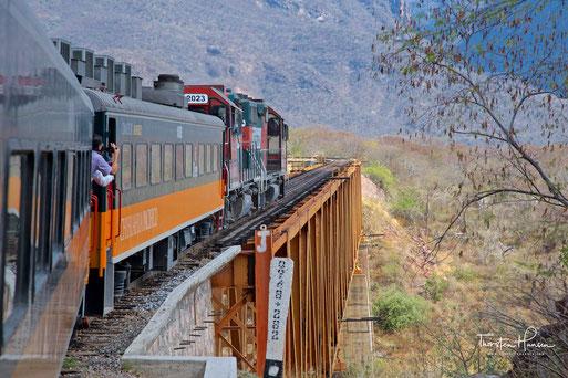 """Meine Höhepunkte auf dem """"El-Chepe"""" in Mexiko  Die Fahrt durch einen der größten Schluchten der Welt - dem Kupfer-Canyon"""