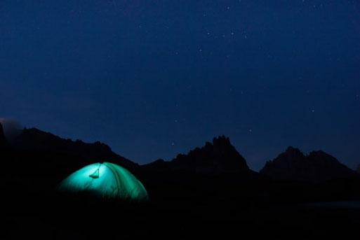 randonnée nuit sous tente belle étoile serre chevalier briançon