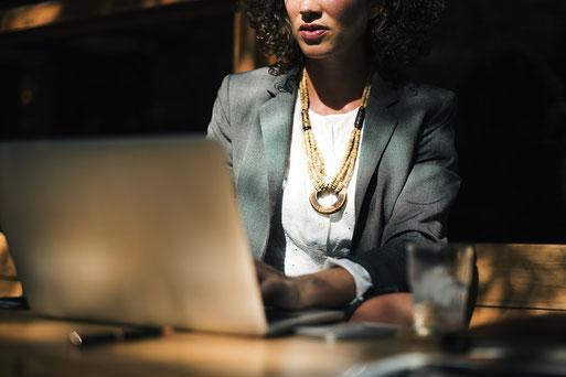 Agentur digital lokal hilft bei der Konzeption einer Website