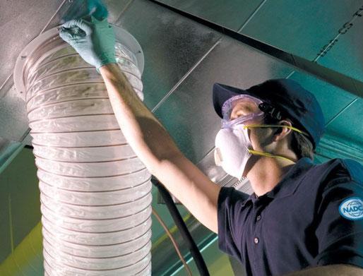 Extractieventilator voor luchtkanaalreiniging
