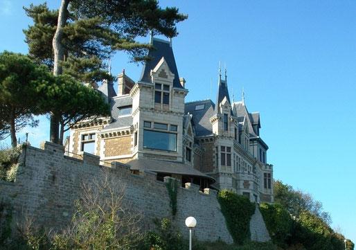 Villa La Garde, Hennessy