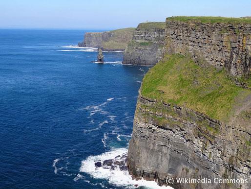 Die Kulturreise 2018 geht nach Irland, der grünen Insel. Foto von den Cliffs of Moher.