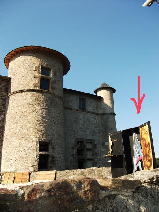 Les Cimaises volantes Chateau de LACAZE 3013