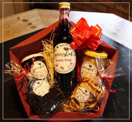 Geschenkkorb mit auserlesenen Produkten vom petershof in Kärselen