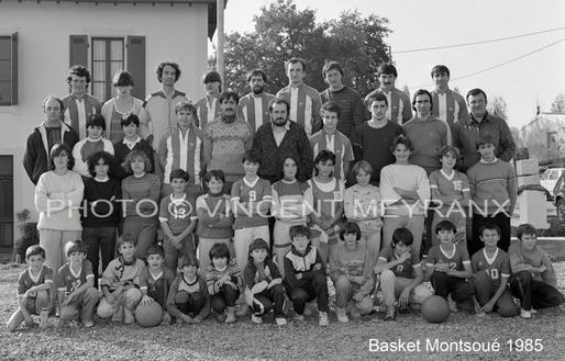...avec le MSC en 1985 (Alain est rang du milieu tout à fait à droite, et puis regardez bien vous y reconnaîtrez pas mal de têtes connues...)