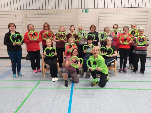 Gruppenbild der Teilnehmerinnen des Smovey-Kurses