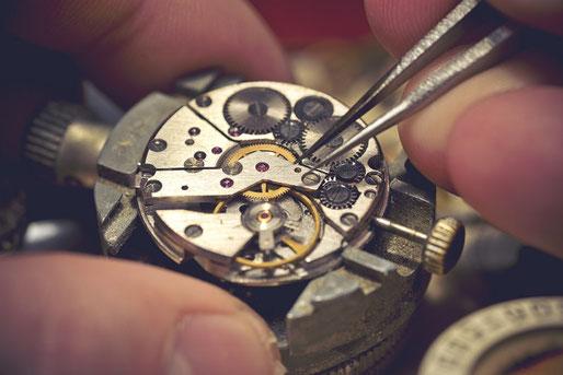 orologiaio e orafo Diamanti&Carati