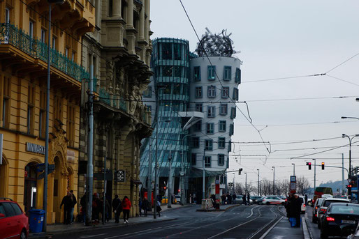 Das Tanzende Haus in Prag, die außergewöhnlichste Architektur der Welt