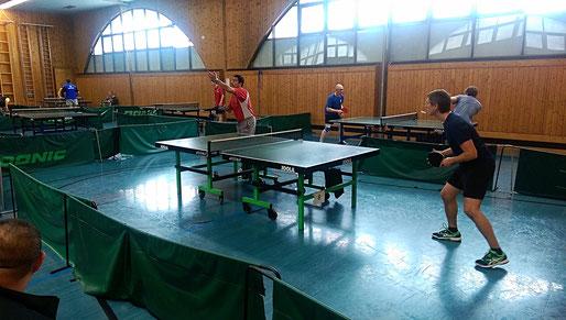 Ausschnitt Finale Bewerb A - Davidov (OLY) (links) gg. Deimbacher (SGOT) (rechts)