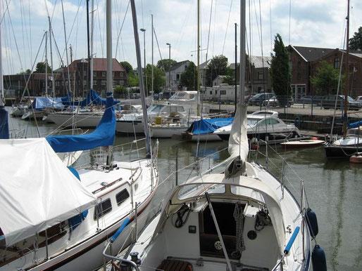 Hafen Brake mit Wohnmobilstellplatz
