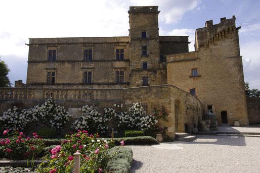 Lourmarin Schloss, gebaut im 15. Jahrhundert