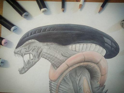 dessin d'un alien que j'ai du modifier car mes feutres sont mort en cour de route... j'ai donc colorié la tête en noir et fais d'autres modifications. Malgré cela il n'est pas trop mal