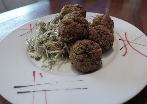 Très simples à réaliser (la recette demande juste des temps de repos), ces boulettes sauront séduire même les plus grands carnivores.