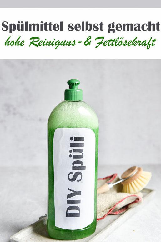 Rezept für Spülmittel selbst gemacht mit einer hohen Reinigungskraft und Fettlösekraft, Spüli für den Abwasch, Plastikverpackungen sparen, low waste, DIY Putzmittel, Thermomix, vegan