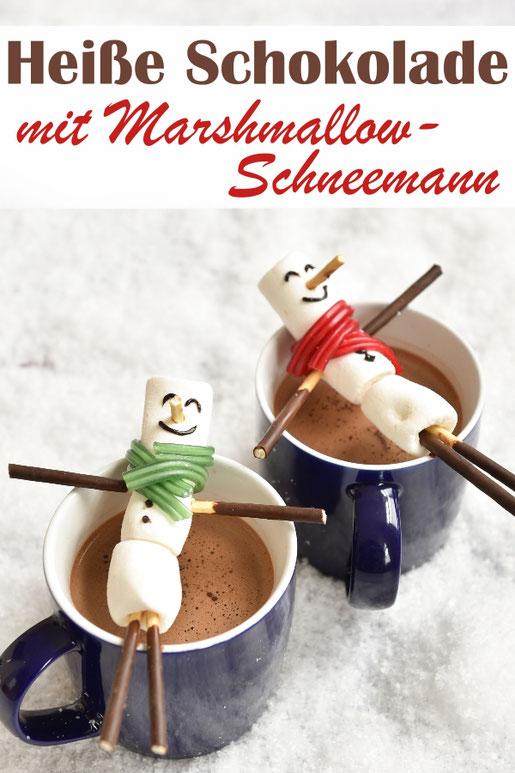 Heiße Schokolade mit fröhlichem Marshmallow Schneemann als Deko wärmt an kalten Wintertagen, für Kinder, Getränk, Winter, Eis, Schnee, Marshmallow Hot Chocolate, z.B. aus dem Thermomix
