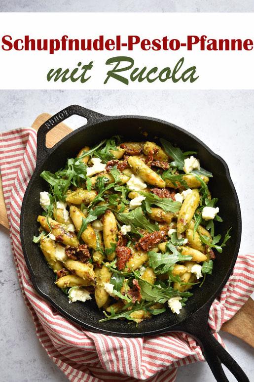 Schupfnudel Pesto Pfanne mit Rucola und getrockneten Tomaten, wahlweise Mozzarella, vegetarisch, vegan möglich, Thermomix