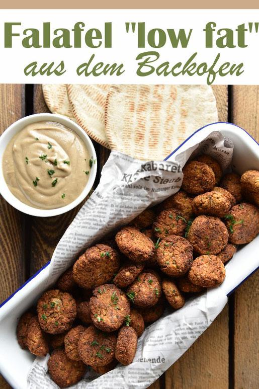 Falafel low fat aus dem Backofen mit Tahinsoße oder low fat Hummus, vegan, vegetarisch, aus dem Thermomix
