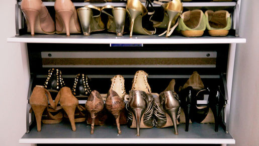 Zapatos organizados en un zapatero - AorganiZarte
