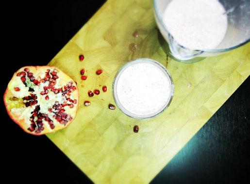 Granatapfel-Kokos-Smoothie