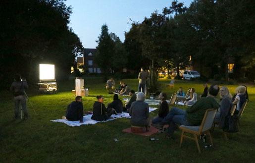 Ein Abend im Garten | Künstlerdorf Schöppinen