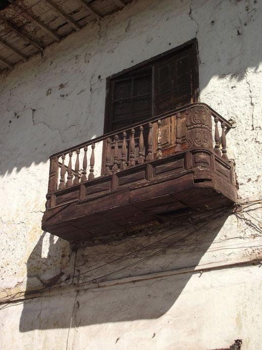 architecture Cusco Peru balcony
