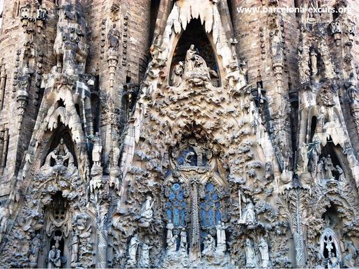 Храм Святого семейства в Барселоне. Песчаник Монжуика