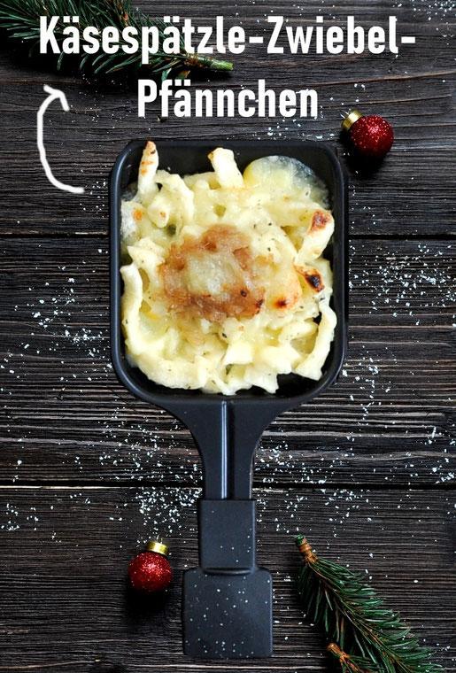 Käsespätzle mit Zwiebelschmelz aus dem Raclette Pfännchen, ganz einfach vorzubereiten, leckere vegetarische Alternative