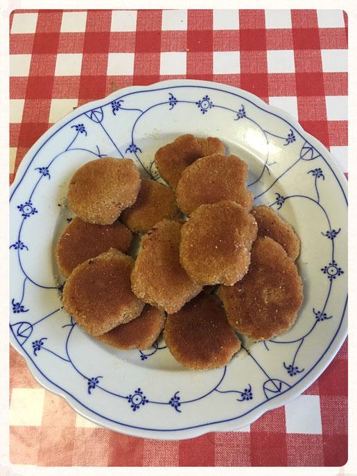 Chicken Nuggets vegetarische, vegane Alternative selbst gemacht aus Linsenmehl