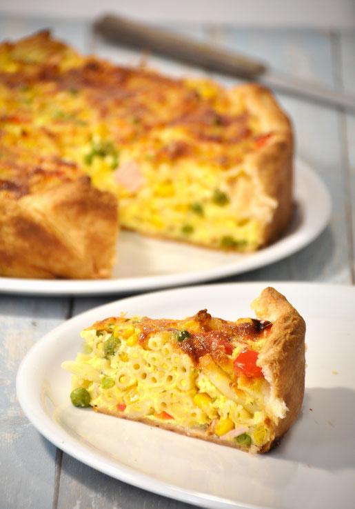 Makkaroni Torte, sehr lecker, für Gäste, zum Brunch, Mittags oder Abends schmeckt Kindern, schnell und einfach zu machen
