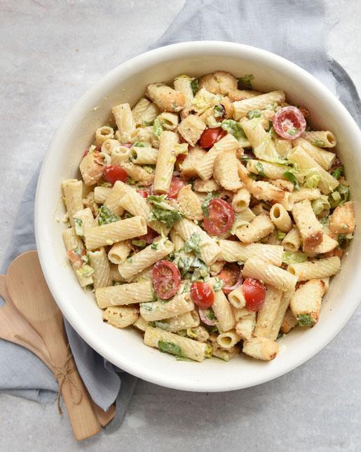 Ceasar Salad Nudelsalat, vegetarisch und vegan möglich, z.B. aus dem Thermomix