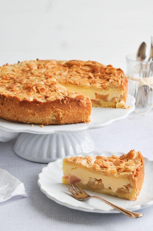 Apfel Käsekuchen mit Bienenstichhaube