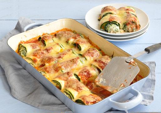 Zucchini Cannelloni mit Ricotta Spinat Füllung und Tomatensoße, überbacken, vegetarisch, auch vegan möglich, Thermomix