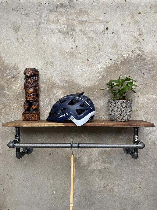 Loft Design Wandgarderobe aus Rohren Industrial Style Rohrgarderobe ideal für den Flur mit Kleiderbügeln Schweizer Industriemöbel Shop