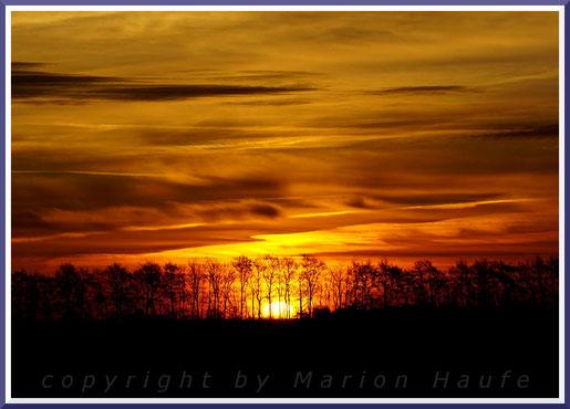 Sonnenaufgang an einem Novembermorgen.