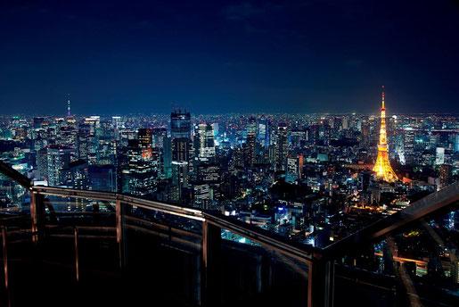 スカイデッキからの夜景(東京シティビューフェイスブックより)