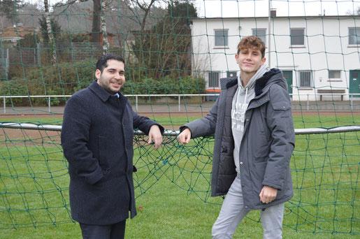 Jugendleiter Esteban Marquez und Felix Witt