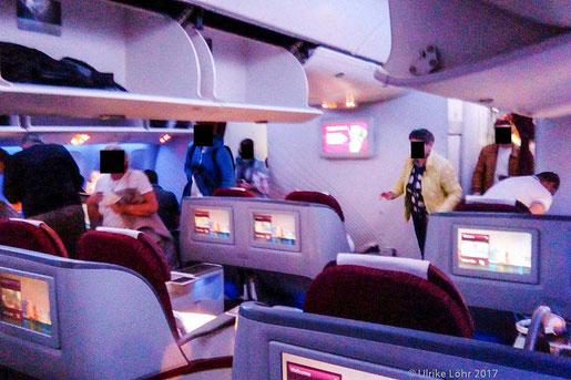 an Bord der Boeing 777-200LR von Doha nach Auckland