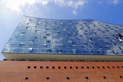 Die neue Elbphilharmonie in Hamburg