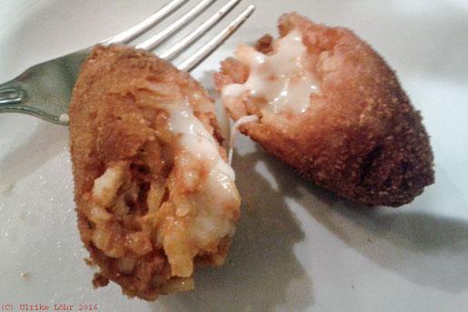 Supplì alla Romana: Reiskroketten mit Mozzarella