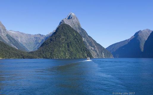 Milford Sound mit Mitre Peak