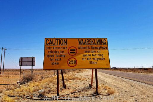 Begrenzung der Geschwindigkeit auf 250 km h für Sonderfahrzeuge auf der R360 in Südafrika