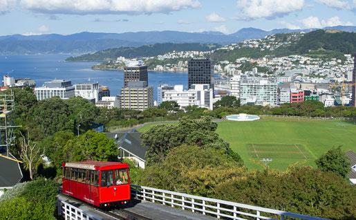 Kelburn Hill, Wellington  - (C) Ian Trafford