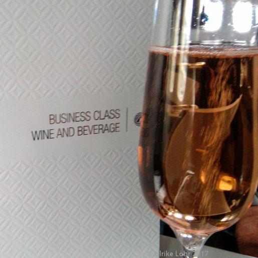 Business Class Begrüßung bei Qatar Airways